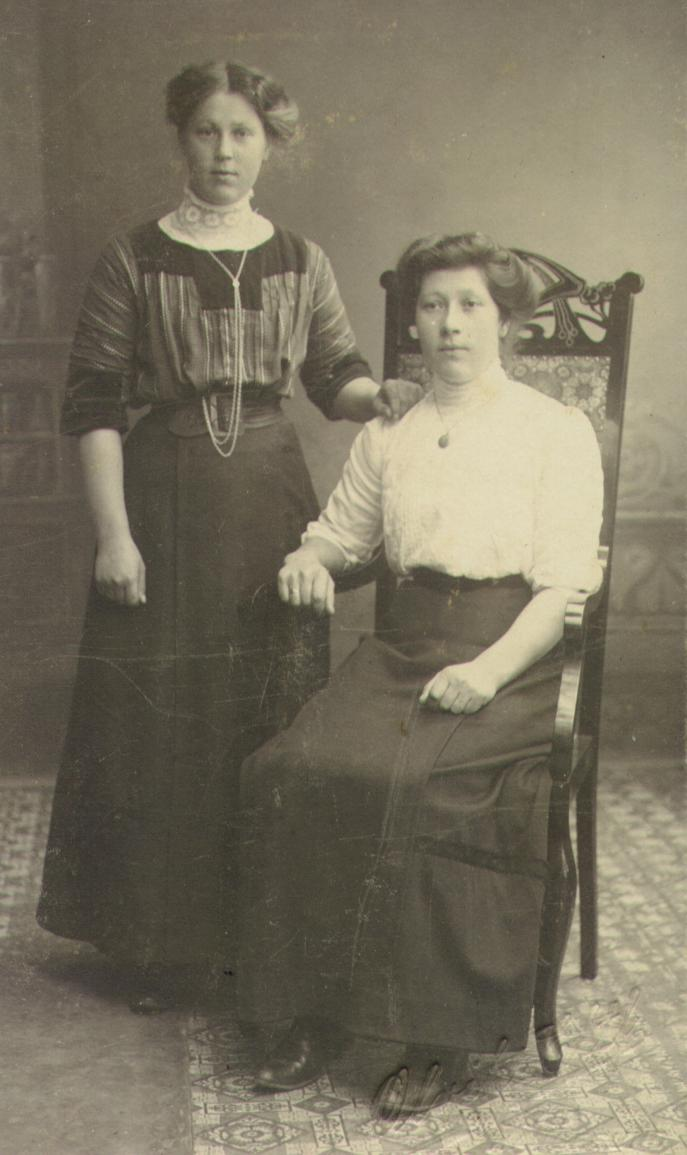 Laura Amalie och Bertha Sofie