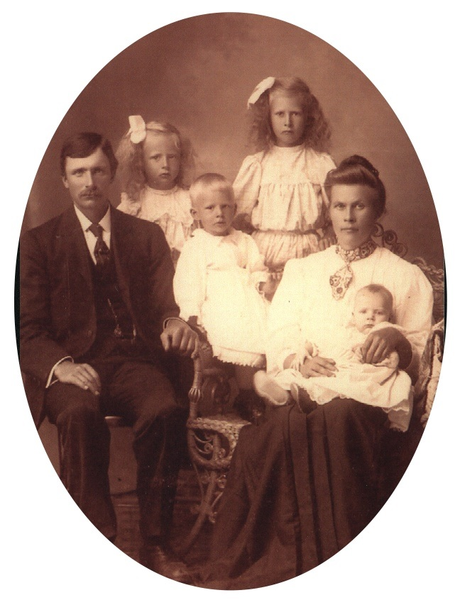 Ole Johan Kvalevog familj